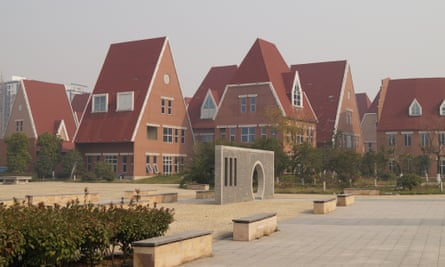 Suzhou's Dutch Village