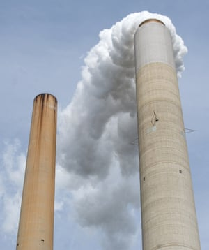 In this October 30, 2009 file photo smoke stacks at American Electric Power's (AEP) Mountaineer coal power plant are seen in New Haven, West Virginia.