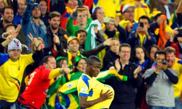 Enner Valencia is enjoying himself, that's his thrid goal of the World Cup.