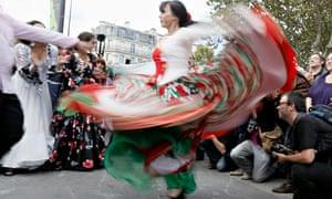 Roma people dance