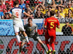 Alexander Kokorin of Russia misses a great chance.