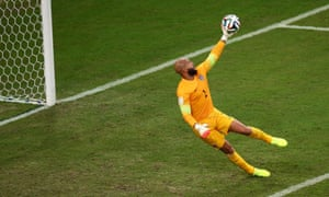 Tim Howard makes a spectacular save just before the break.