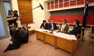 Bill Shorten with Naomi Halpern, a victim of the TimberCorp collapse, with Senator Sam Dastyari and Shadow Treasurer Chris Bowen.