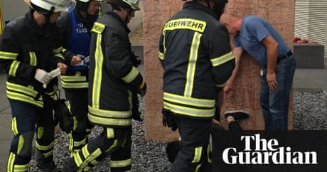US student is rescued from giant vagina sculpture in Germany