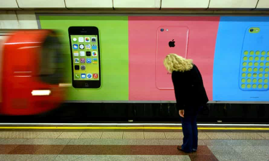 An iPhone with 'smart home' functionality could turn on heating while you're heading home.