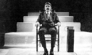 Alvin Lucier performs I Am Sitting in a  Room