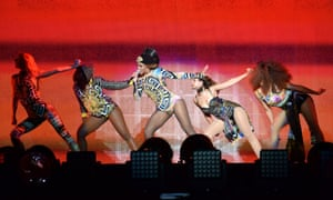 Beyonce performs at On the Run
