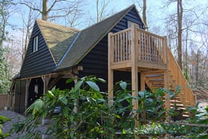 Cool Cottages Home: Tree House