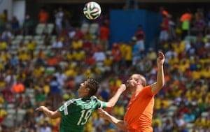 sport: Mexico's forward Oribe Peralta
