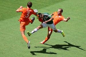 sport.: Mexico's midfielder Hector Herrera