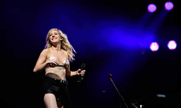 Ellie Goulding at Glastonbury's Other stage