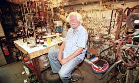 Alexander Shulgin in his lab in 2001.