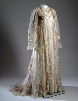 Fernande Burel tea gown