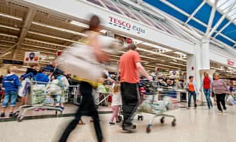 Tesco Extra shoppers