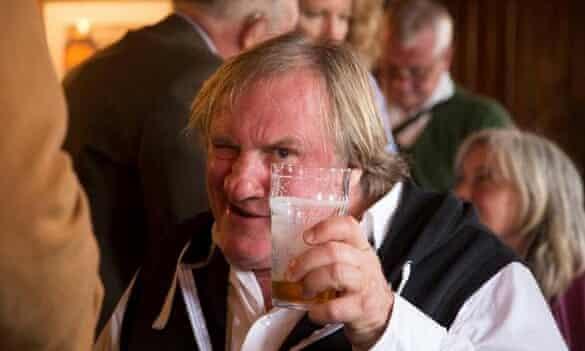 Gérard Depardieu in a Skye pub
