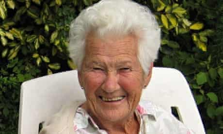 Joyce Warham