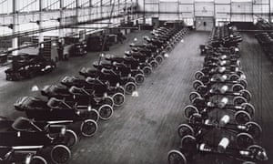 Early Model T Ford car production at Ford Factory, at Highland Park, United States, 1914
