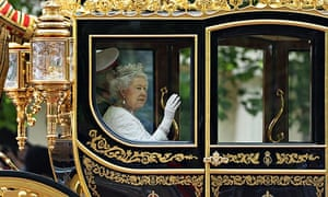Queen Elizabeth arriving in the diamond jubliee state coach