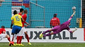 England v ecuador: Ecuador's Arroyo scores against England