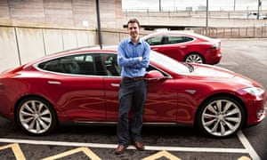 Samuel Gibbs test-drives a Tesla Model S