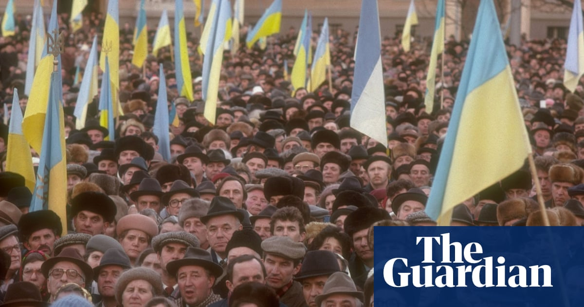 Collapse Of The Ussr In Pictures World News The Guardian