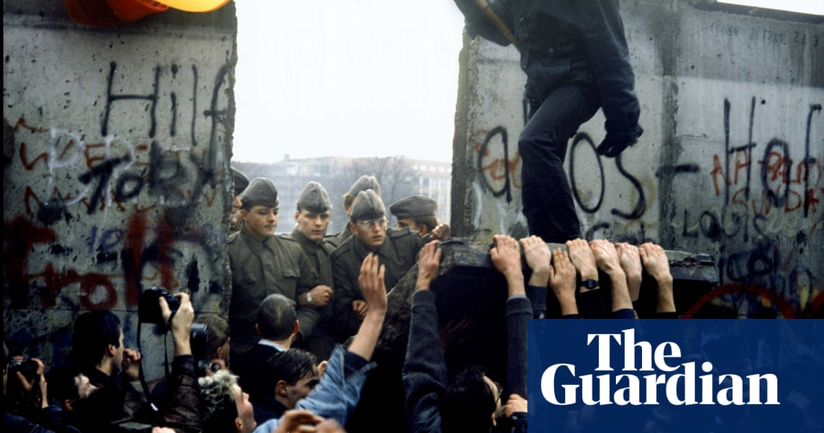 Collapse of the USSR – in pictures | World news | The Guardian