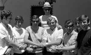 England players Brian Labone, Peter Bonetti, Norman Hunter, Bobby Charlton (in hat), Bobby Moore, Alan Mullery, Alex Stepney, and Martin Peters at the team hotel in Guadalajara.