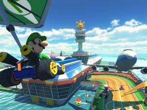 Luigi in Mario Kart 8