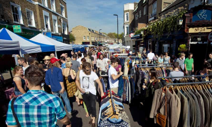 Hipsters in their natural habitat: Broadway Market, Hackney