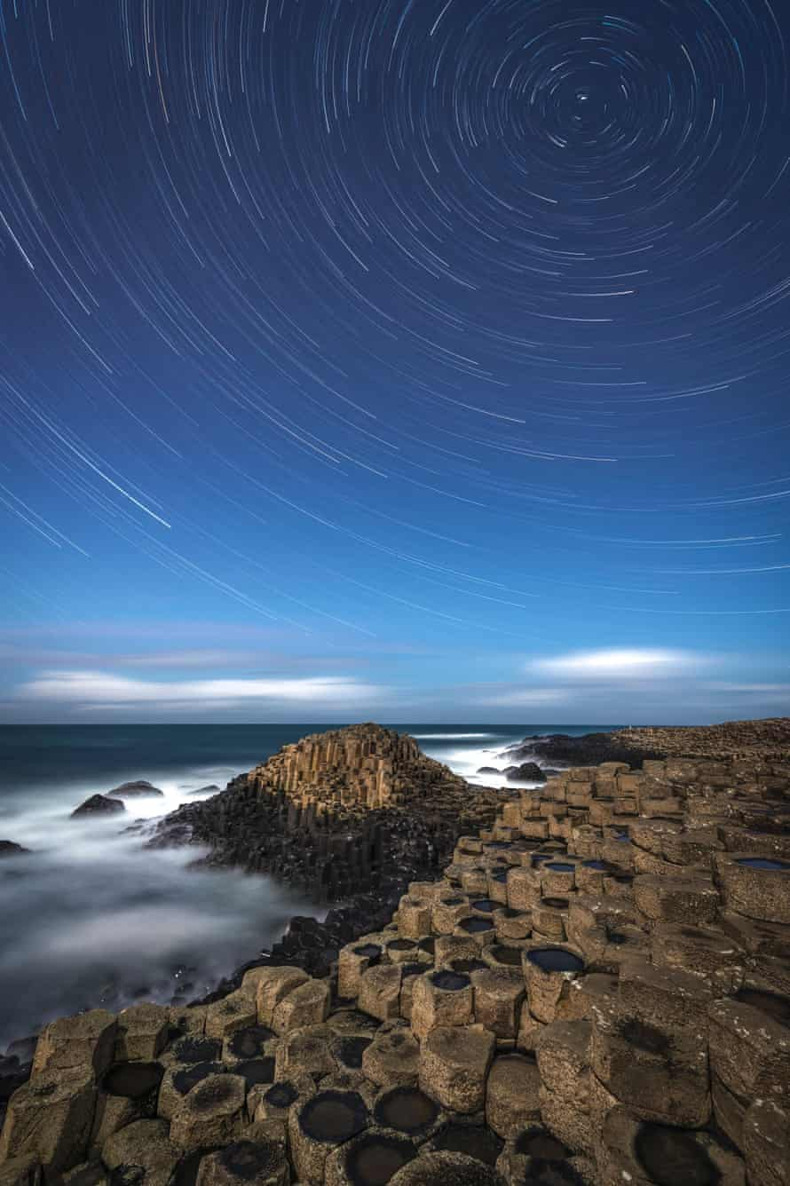 Astronomy Photographer of the Year 2014: A Giant's Star Trail by Rob Oliver (UK)