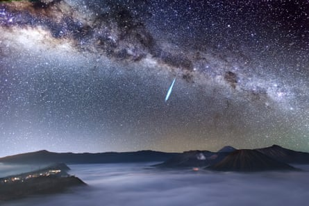 Astronomy Photographer of the Year 2014: Eta Aquarid Meteor Shower over Mount Bromo by Justin Ng (Singapore)