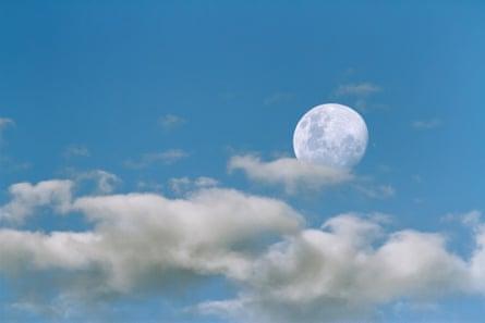 Astronomy Photographer of the Year 2014: Occultation of Jupiter by Sebastián Guillermaz (Argentina)