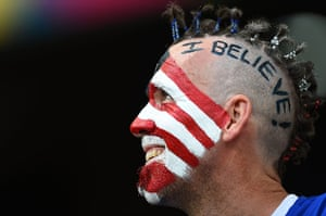 belgium v usa: USA fan