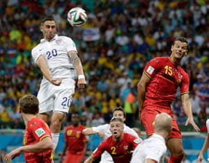 belgium v usa: Geoff Cameron gets a header in but he can't find the target
