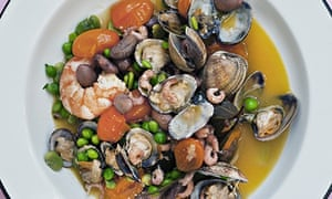 Clam and summer vegetable salad