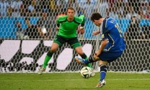 Messi misses.