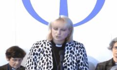 Rosie Harper addresses General Synod.