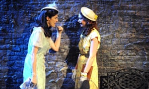 Rachel Weisz (Blanche Dubois) and Ruth Wilson (Stella) at Donmar Warehouse