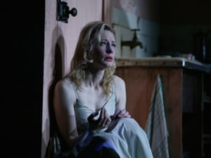 Cate Blanchett played Blanche in Sydney Theatre Company's revival in New York in 2009