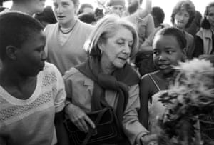 Novelist Nadine Gordimer was among about 300 white liberals who visited Alexandra, the black township near Johannesburg on May 18, 1986 to lay wreaths at the grave of victims of political unrest.