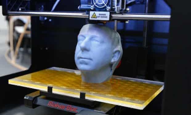 makerbot 3d printing a head