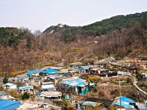 9 Hongje (Gaemi Maeul) – Gaemi Maeul is one of Seoul's last remaining daldongnae, or 'moon villages', the poor mountainside settlements that sprung up after the Korean War.  Undeveloped and impoverished, they give a glimpse of the Seoul that the country's economic development left behind.