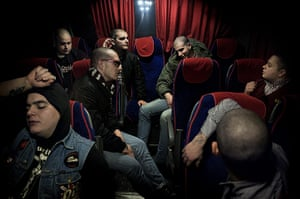 Weekend - Skinheads : skinheads sitting down on a journey to a concert in Italy