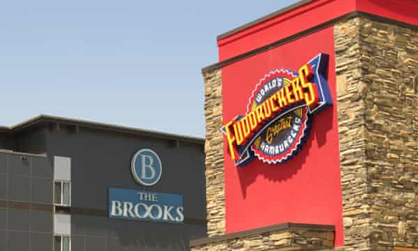 The Brooks Hotel and a Fuddruckers restaurant in Williston.