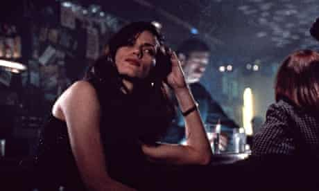 Clearly a woman who knows how to make the best of a situation … Linda Fiorentino in The Last Seducti