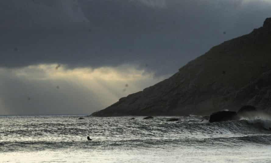 Surfing at Unstad