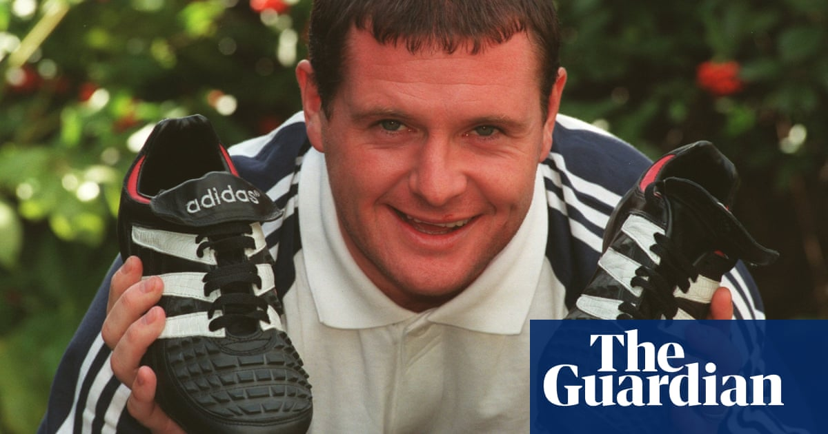 heroína Decaer Rústico  Remembering Adidas Predator boots 20 years later: '100% legal, 0% fair' |  Football | The Guardian