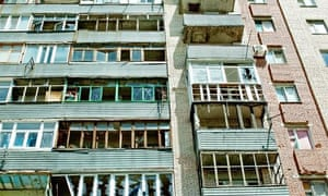 An apartment block in Slavyansk damaged by shelling