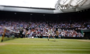 Image taken with a shift-tilt lens showing Andy Murray in action against Grigor Dimitrov.