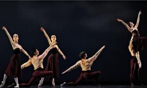 San Francisco Ballet in Mark Morris's Maelstrom